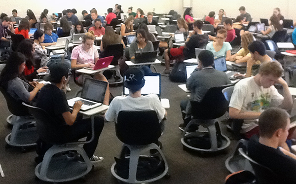 Students in jumbo class at Chico State