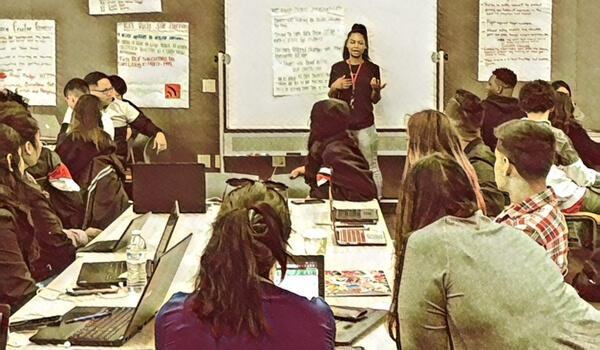 Students in Kim Jaxon's English class on digital culture