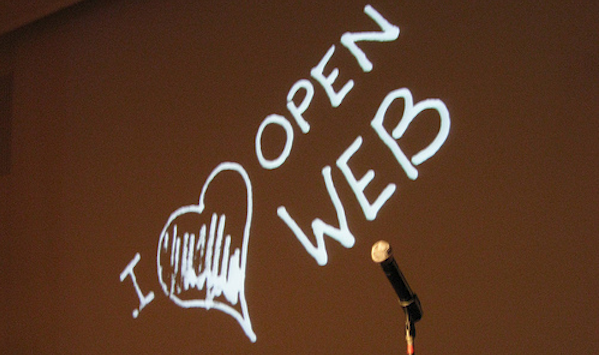 microphone and I heart open web