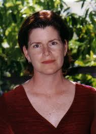 Holly Willis headshot
