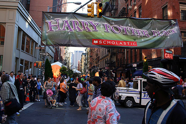 Harry Potter place Scholastic banner over busy street intersection